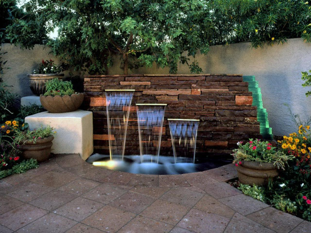 Backyard Landscaping Ideas with Water Features