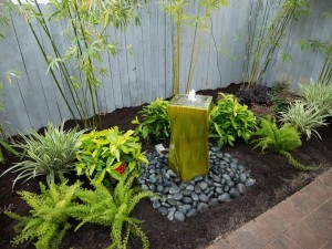 Backyard Water Feature Design Ideas