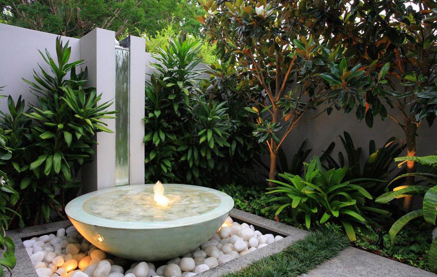 Backyard Water Fountain Ideas