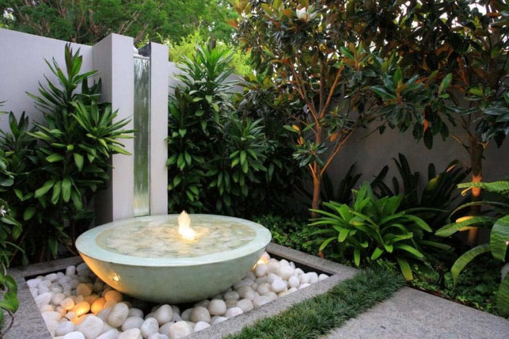 Creating a Backyard Water Feature