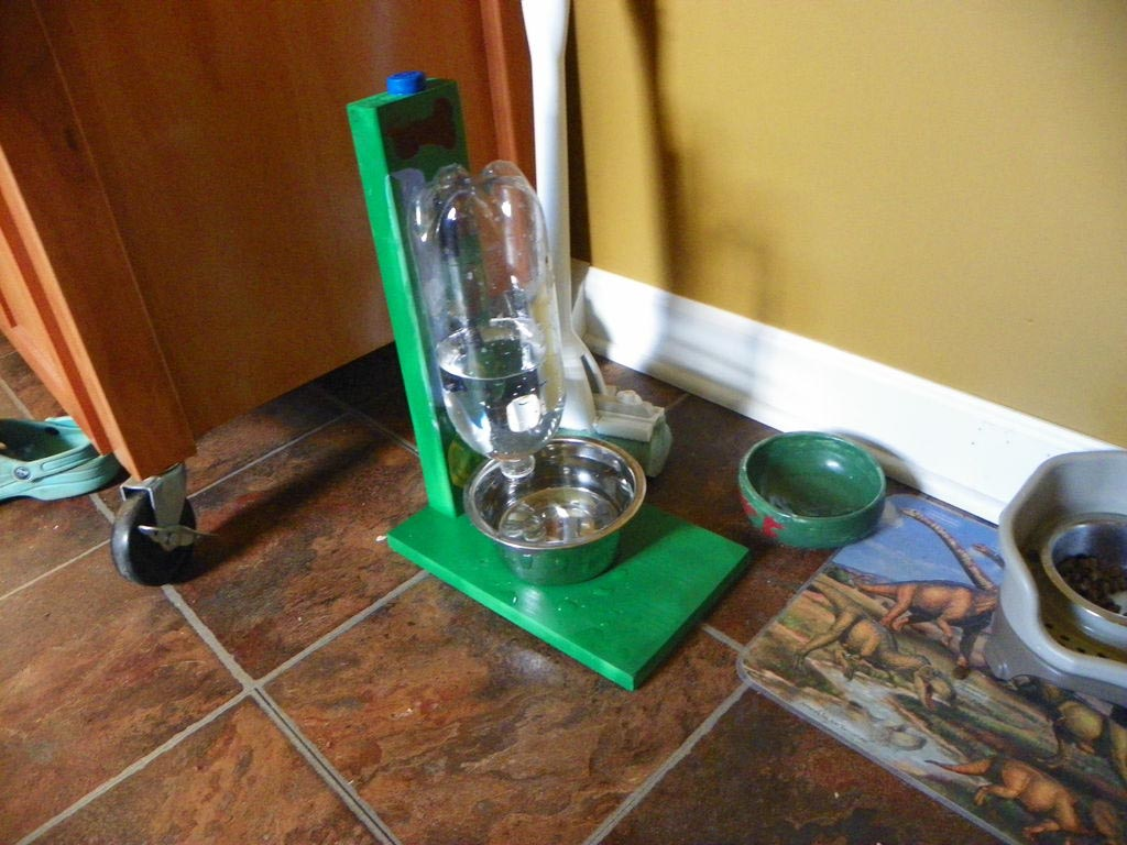 DIY Dog Water Fountain