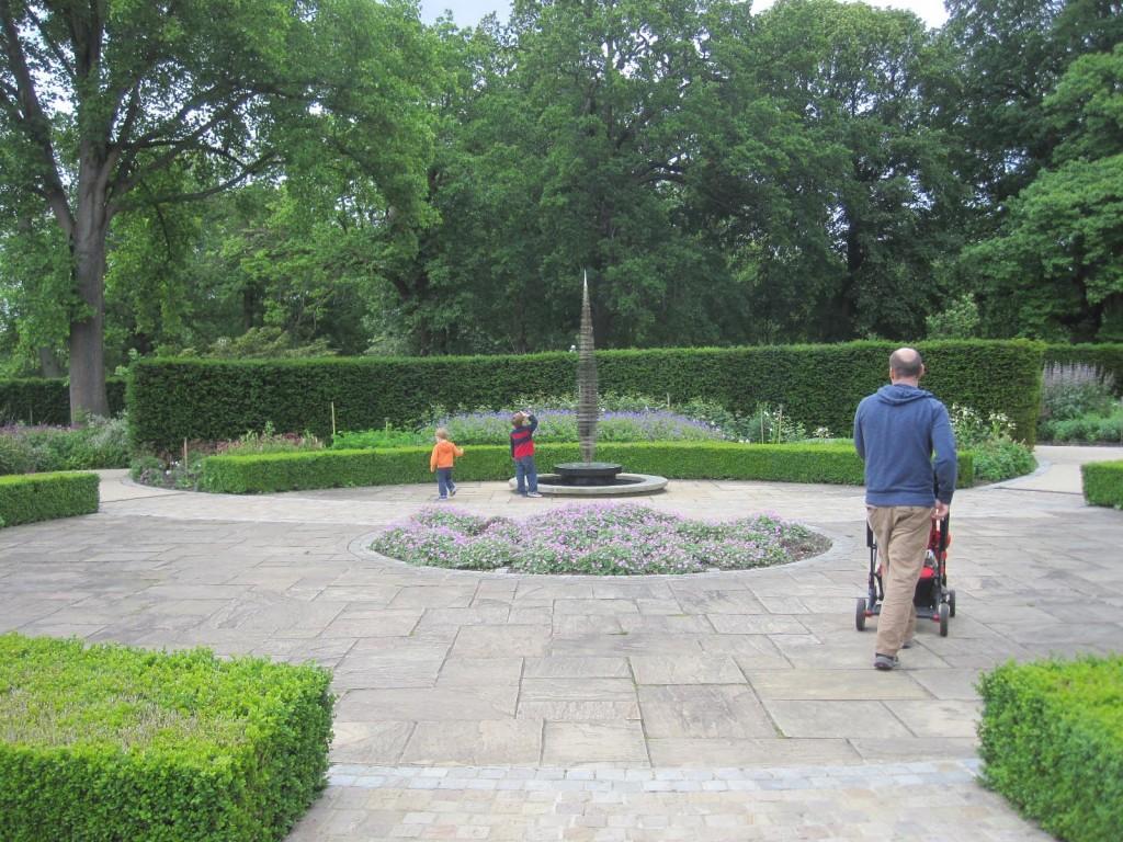 Golden Fountain Kew Gardens