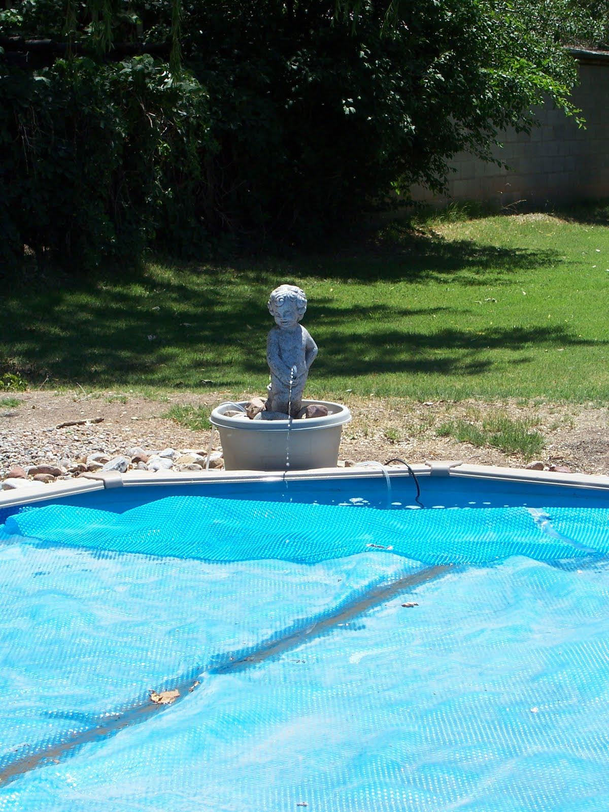 In ground pool fountains fountain design ideas for Garden pool fountains