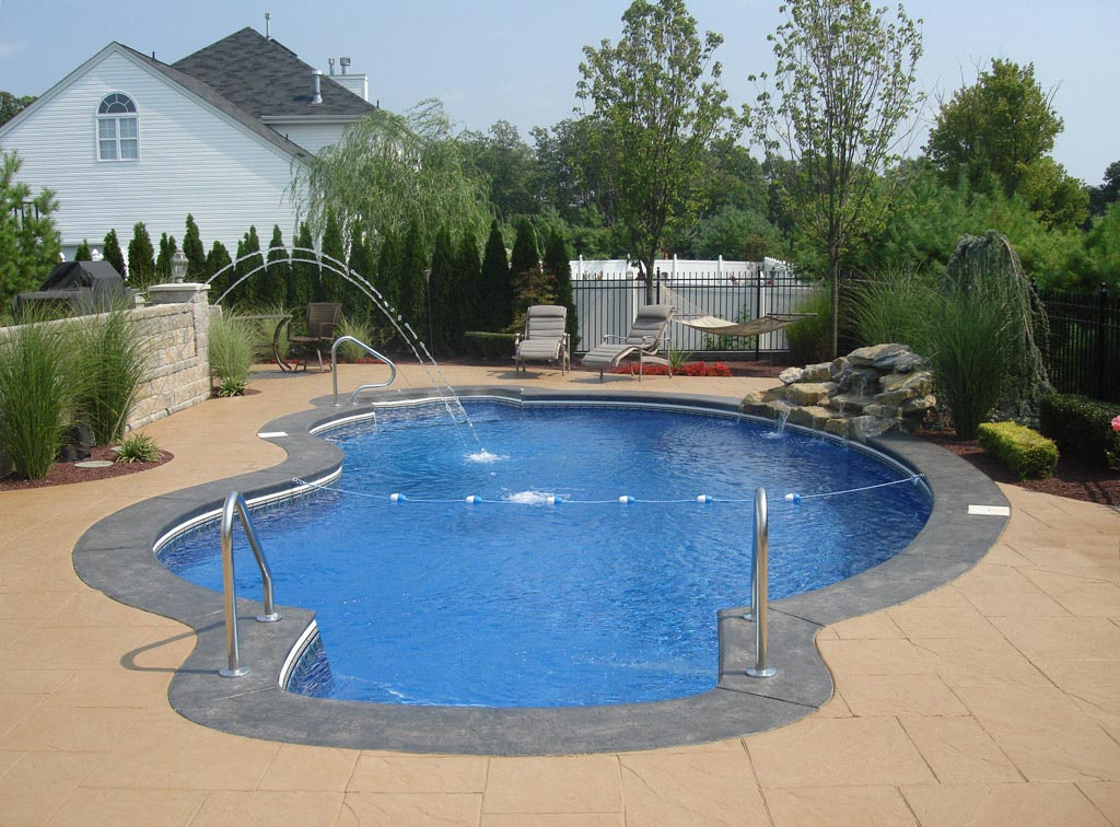 Inground pool fountains fountain design ideas for Best in ground pool