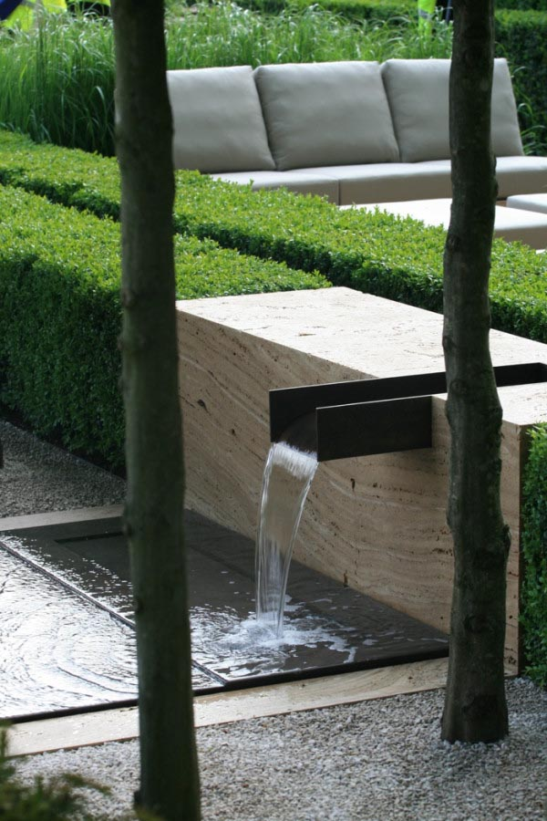 Japanese Water Fountain Art