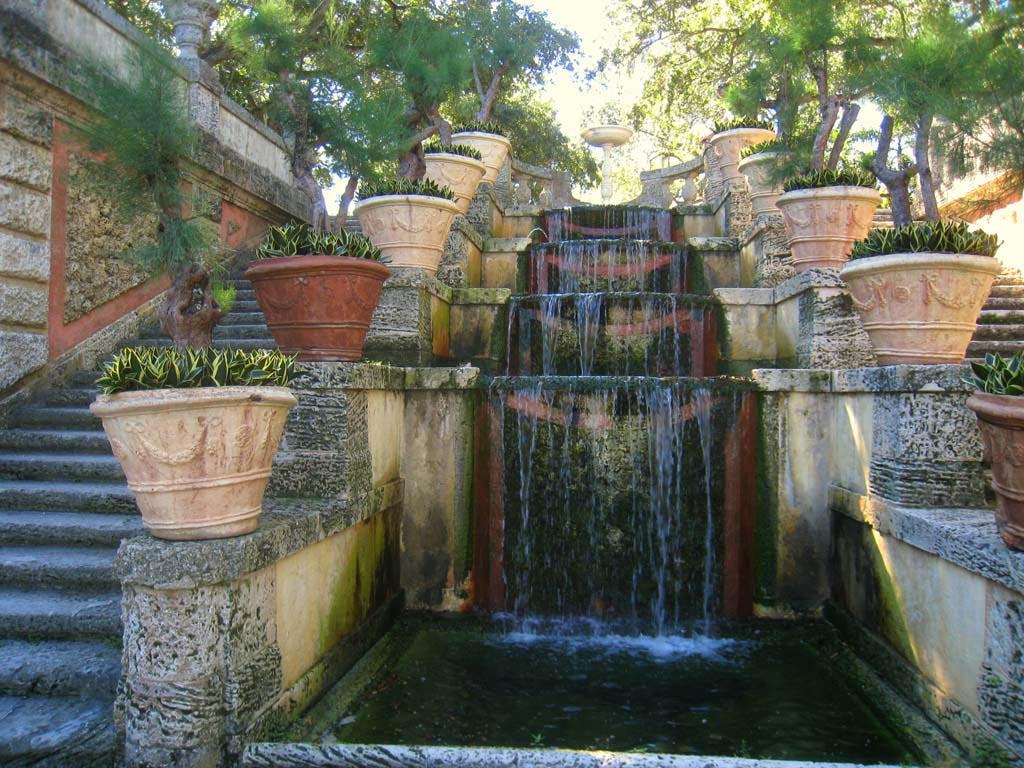 Landscape Design Water Fountain