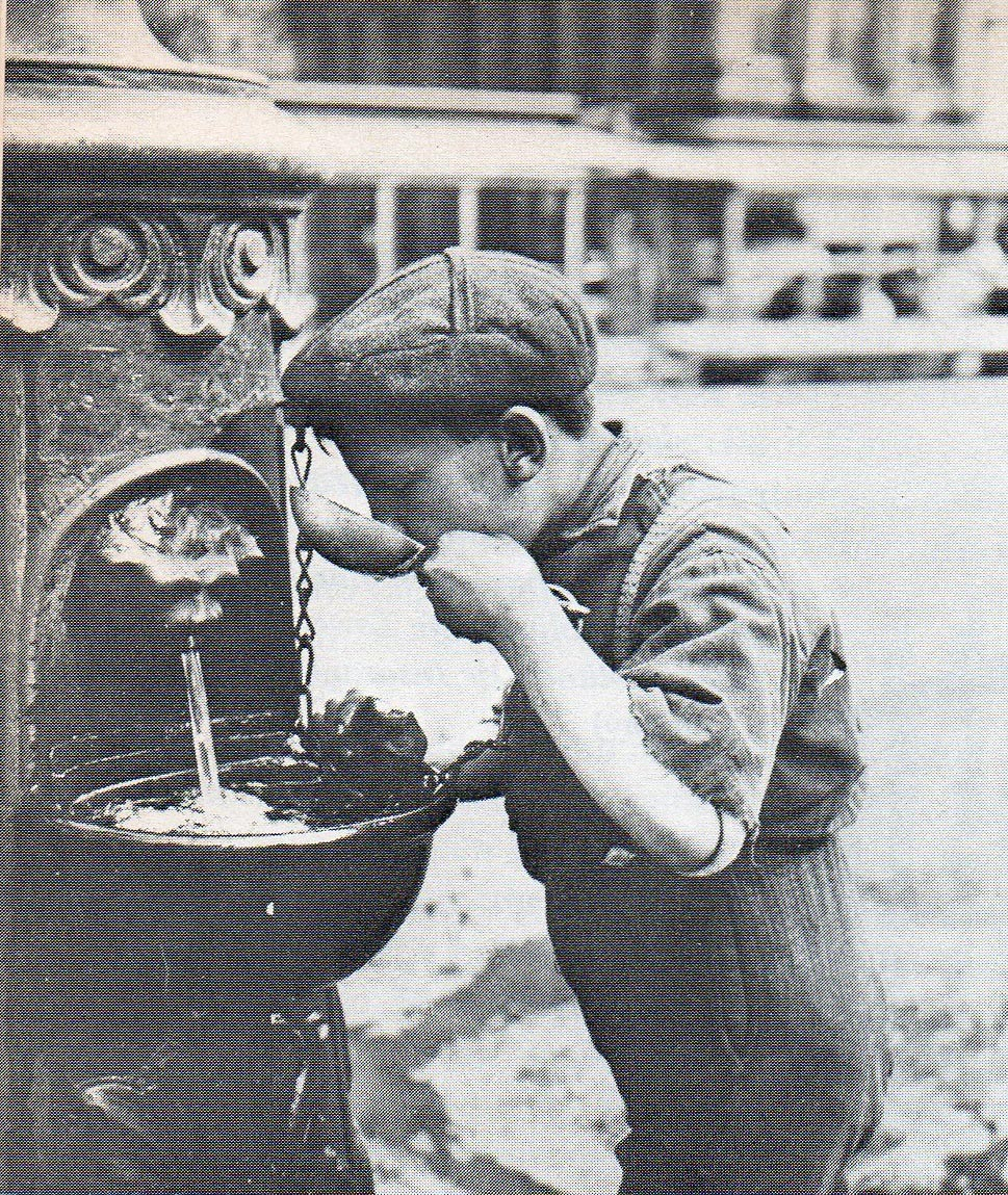 Water fountains schools -  Old School Water Fountain