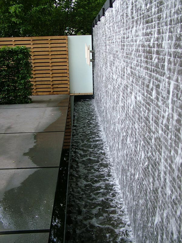Outdoor Water Wall Fountain