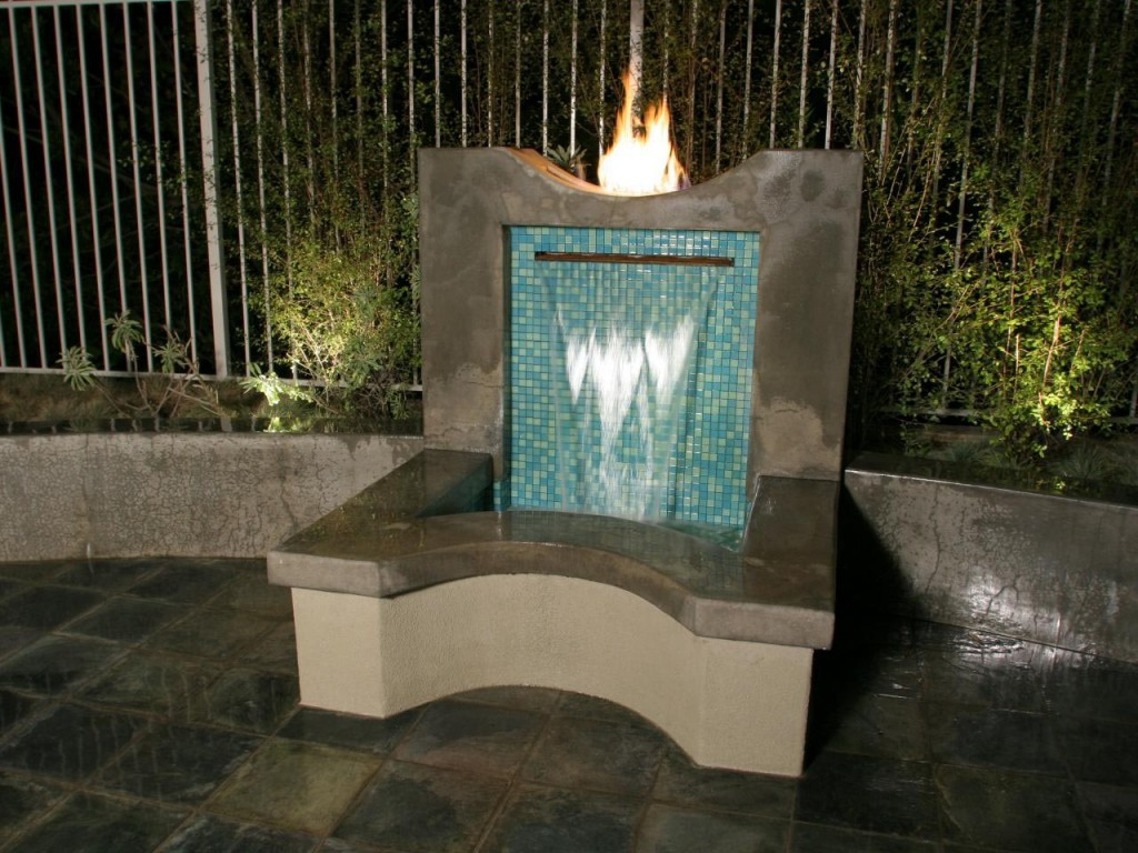 Outdoors Water Fountains
