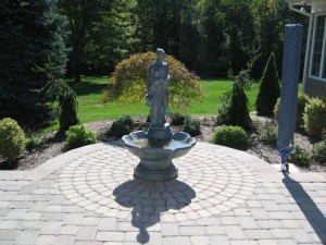 Patio with Fountain