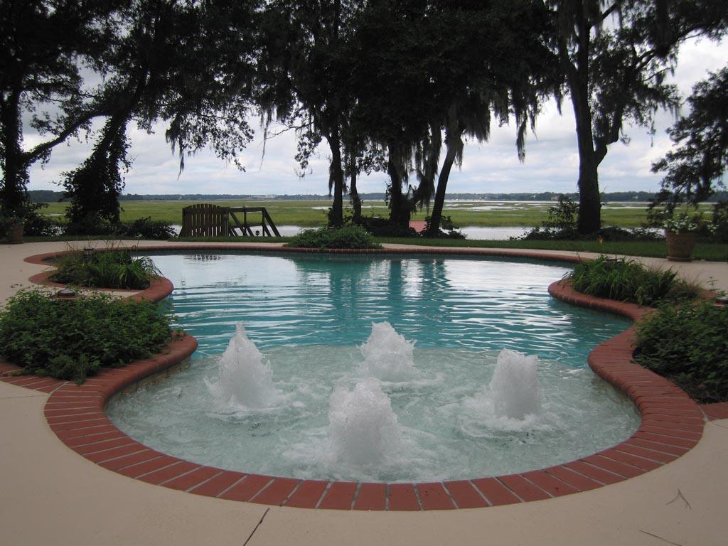 Pool Fountain Heads
