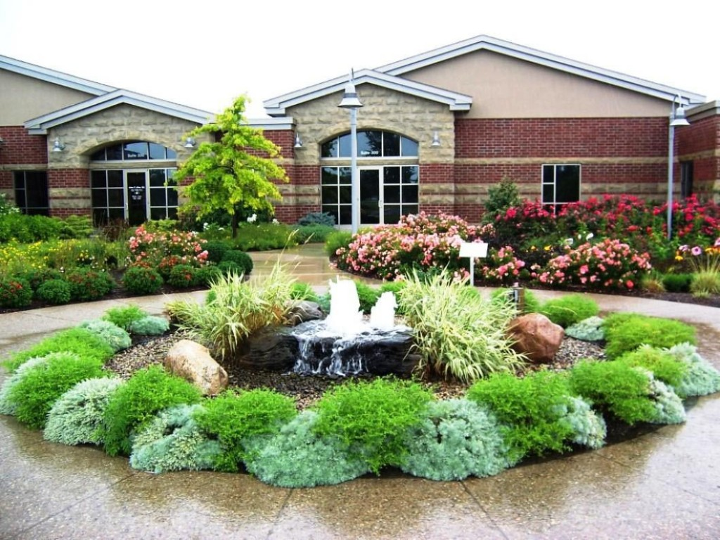 Small Front Yard Fountains
