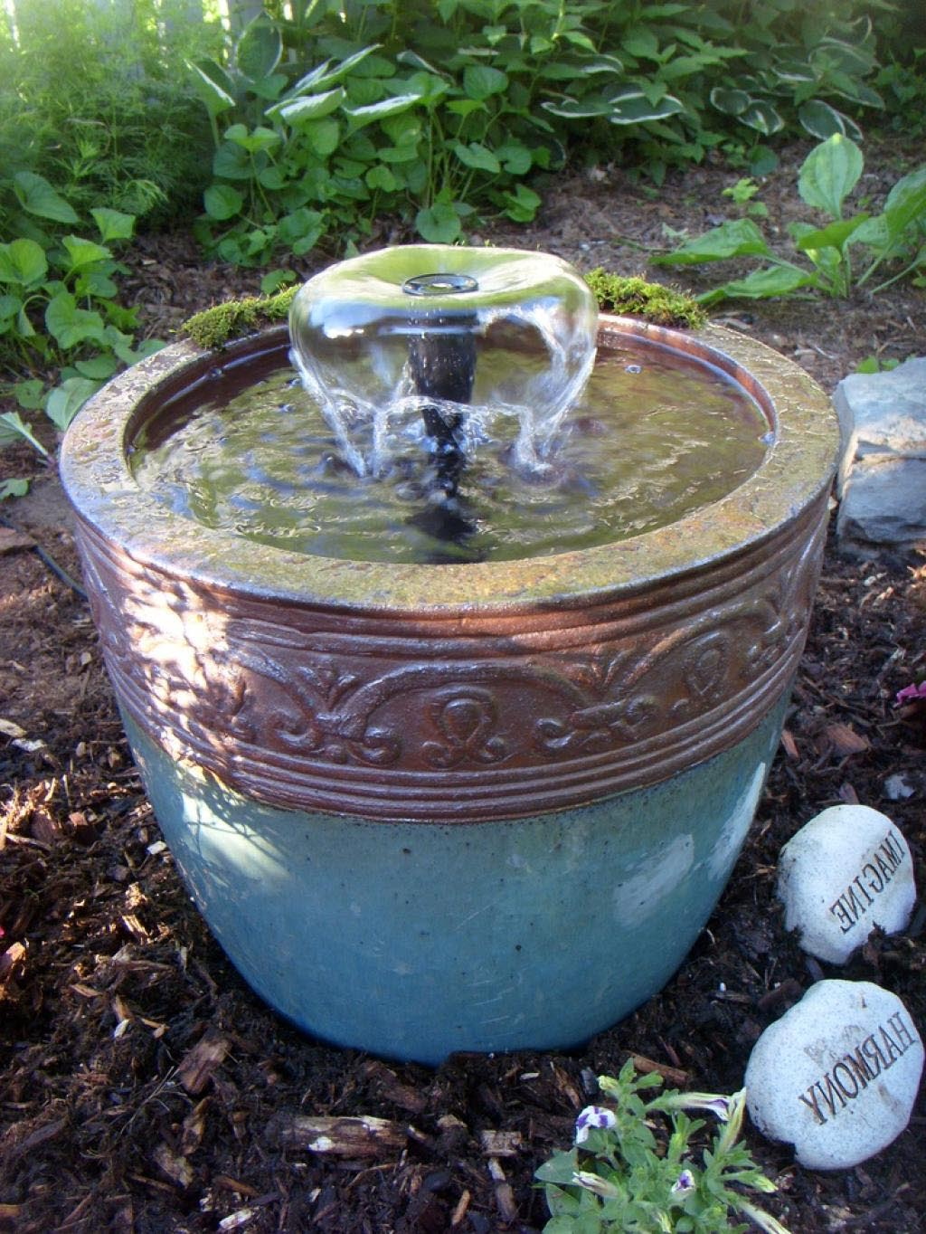 Backyard fountains ideas water fountains front yard and for Backyard water feature plans