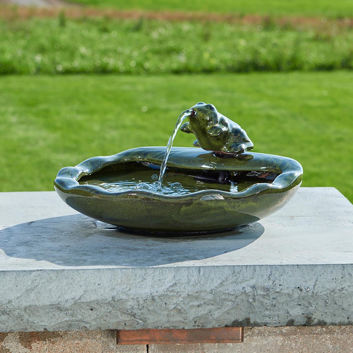 Smart Solar Frog Fountain