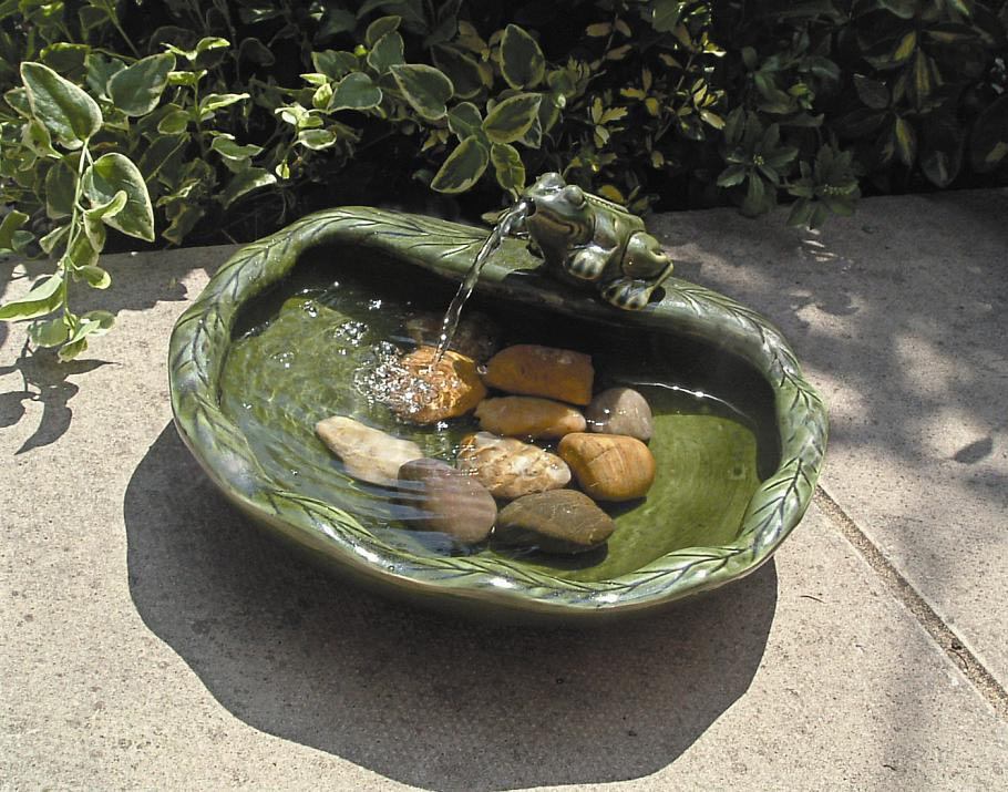 Solar Water Fountain Pump with Battery