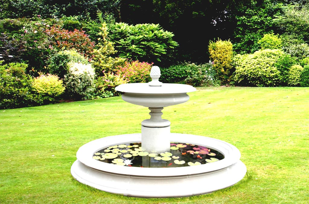 Vase Fountains Outdoors