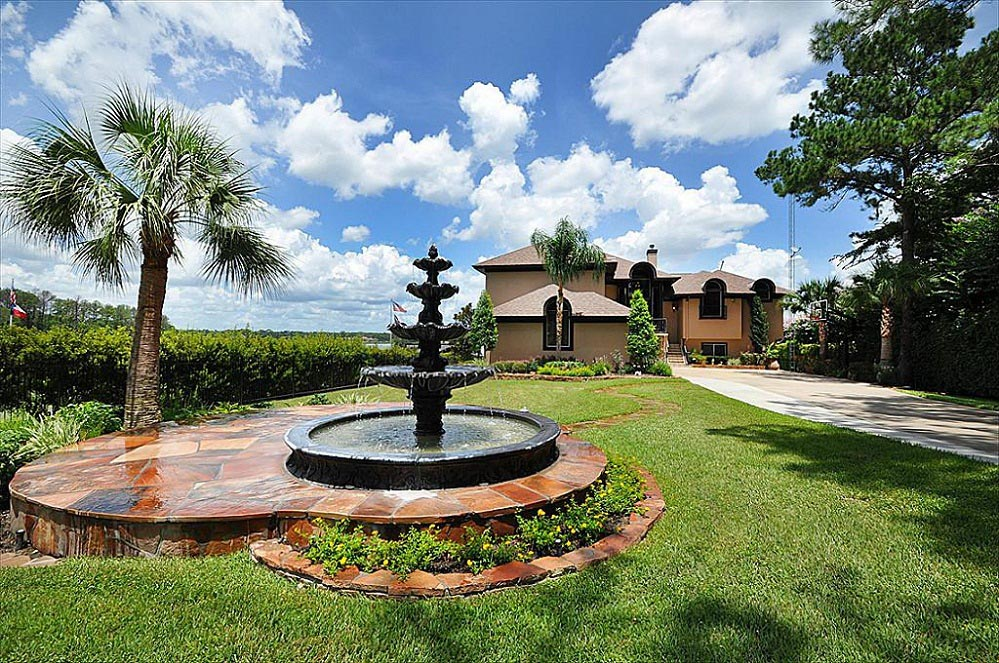 Water fountain landscaping ideas fountain design ideas for Water landscaping ideas